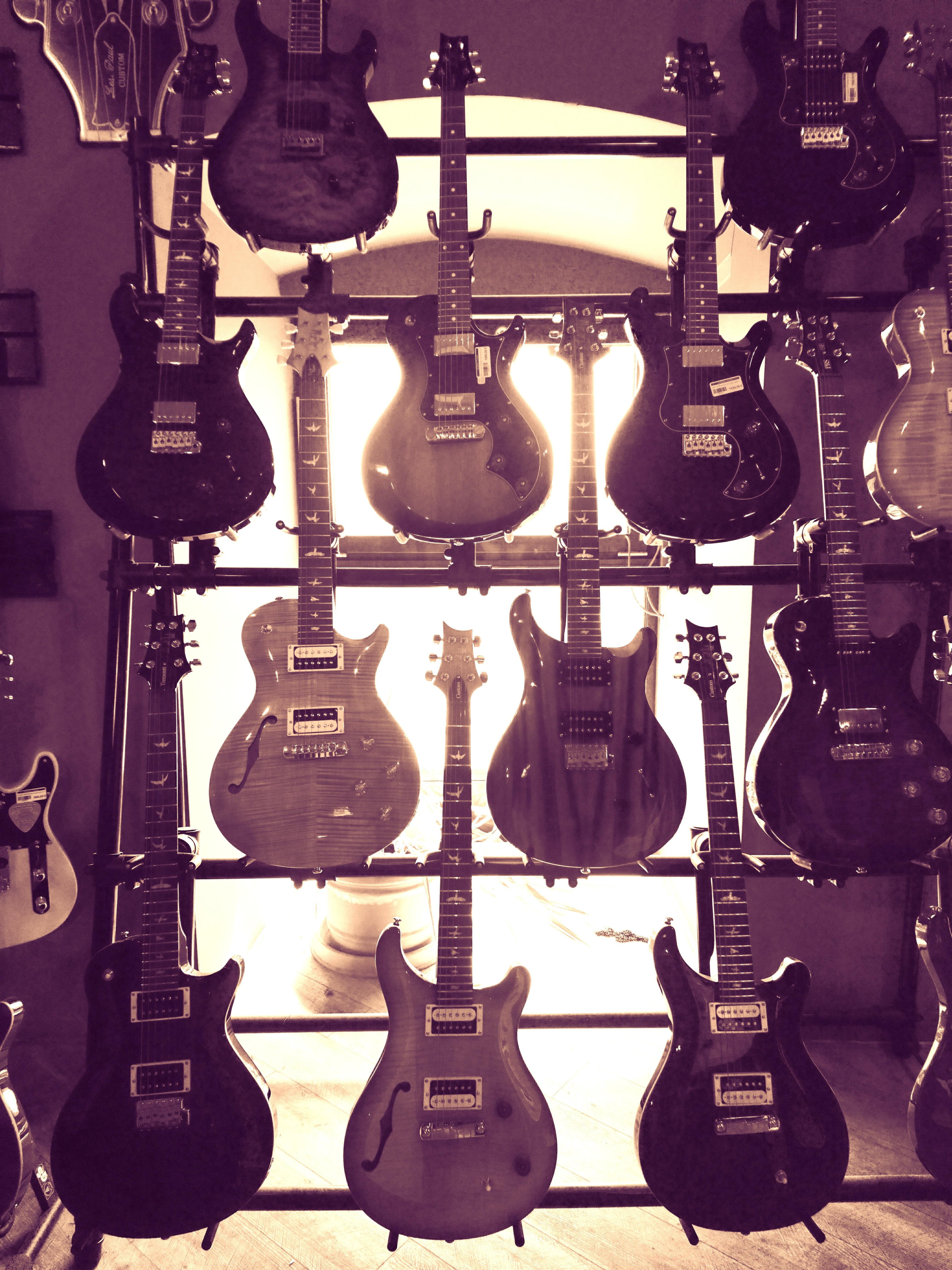 Guitars – Gitárok